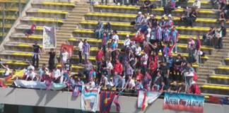 Tifosi Catania a Bari nel 2011