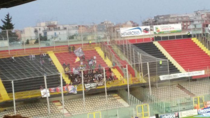 Catania, tifosi a Foggia