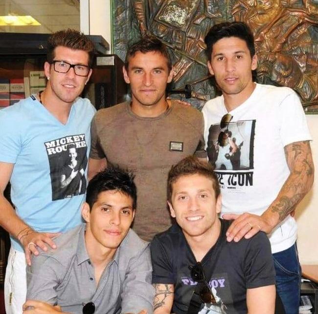Gonzalo Bergessio e quattro amici