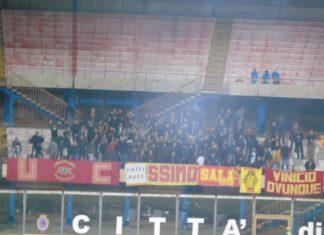 Tifosi Catanzaro a Catania