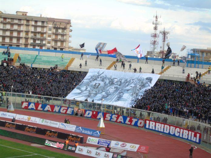 Catania vs Cosenza tifosi